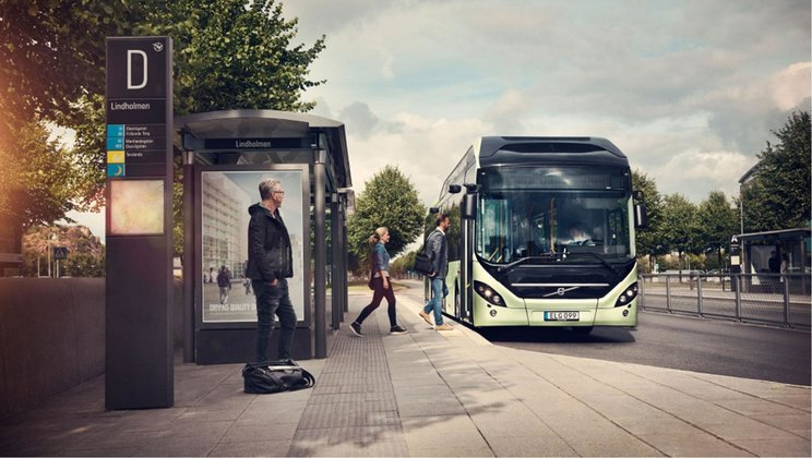 Volvo 7900 Electric Hybrid at bus stop