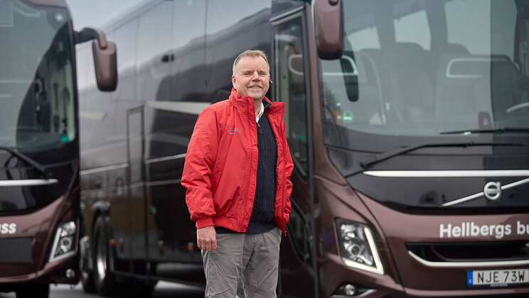 Mikael Hellberg, owner of Hellbergs Buss, with a Volvo 9900