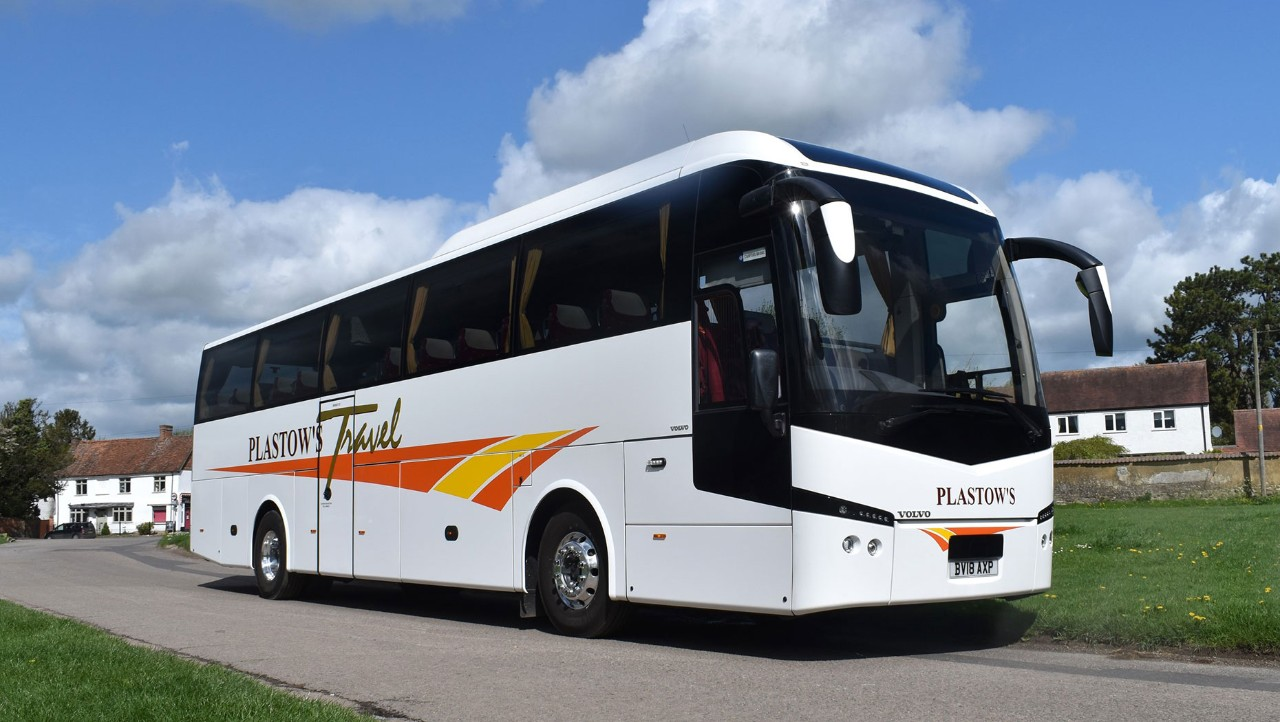 Plastows Travel favours Volvo B11R for fleet replacement